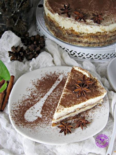 Szarlotka piernikowa -  sypana  (z mascarpone i białą czekoladą)