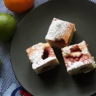 Domowe ciasto z truskawkami