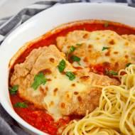 Kurczak szefa. Zapiekany z pomidorami i mozzarellą, niebo w gębie! PRZEPIS