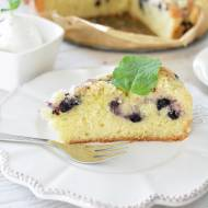 Najłatwiejsze ciasto z owocami - puszyste i lekkie [owoce do wyboru]