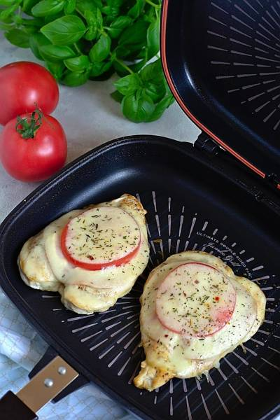 Filet z kurczaka z szynką i serem, z patelni