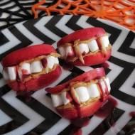 Przekąska usta wampira na Halloween