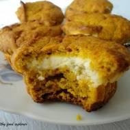 Muffinki dyniowe z serowym nadzieniem
