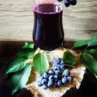 Sok z ciemnych winogron, z sokownika