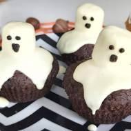 Duchy na czekoladowych babeczkach na Halloween