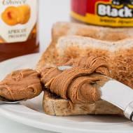 Masło orzechowe – pyszne przekąski na słodko lub słono