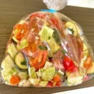 Żeberka pieczone z warzywami w worku