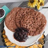 Marokańskie naleśniki baghrir - wersja czekoladowa z powidłami ze śliwek