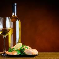 Ryby z puszek i wino to duet idealny