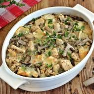 Zapiekanka z ryżem kurczakiem i grzybami