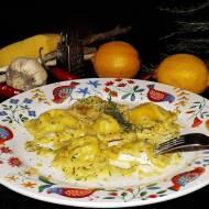 Ravioli z ostrym serem kozim w sosie cytrynowym