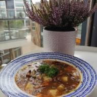 Ukraina - Zupa grzybowa z kaszą gryczaną (Hrybna juszka)