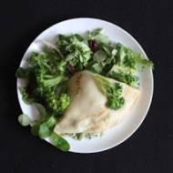 Naleśniki z brokułami i serem lazur