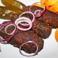 Arabskie kibbeh z mięsa mielonego i kaszy bulgur