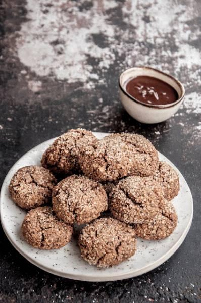Ciasteczka z mielonych orzechów laskowych