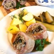 Rolada z polędwiczki wieprzowej faszerowana kaszą i grzybami
