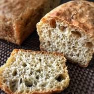 Chleb pszenny z oliwkami