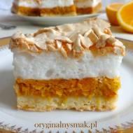 Kruche ciasto z pomarańczami, dynią, orzechami włoskimi i bezową pianką