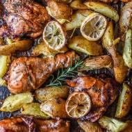 Kurczak cytrynowo-rozmarynowy z opiekanymi ziemniaczkami