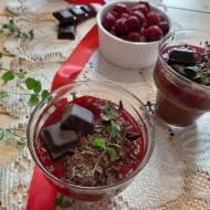 Mus czekoladowy z wiśniami