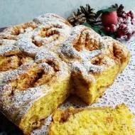 Ciasto drożdżowe z dynią, makiem i jabłkami