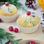 Muffiny pomarańczowe z żurawiną