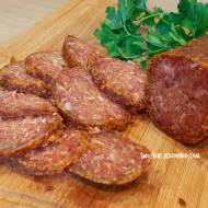 Domowe salami dojrzewające paprykowe