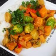 Dyniowe curry z brukselką