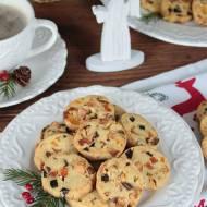 świąteczne ciasteczka z suszonymi owocami