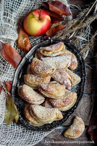 Serowo-jabłkowe usteczka