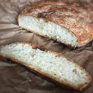 Prosty chlebek pszenny na drożdżach