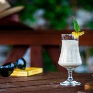 Pina Colada - koktajl z rumem i ananasem