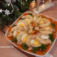 Ryba w galarecie z jajkiem i warzywami