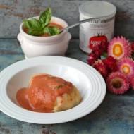 Gołąbki wegetariańskie z papryką i sos pomidorowy do gołąbków