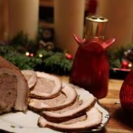 Rolada z boczku i mięsa mielonego