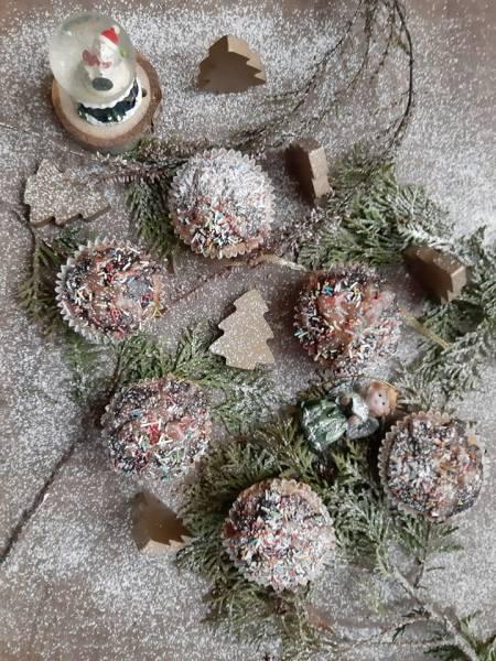 Babeczki piernikowo-cynamonowe z cynamonowym lukrem