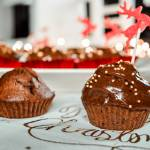 Przepis na świąteczne czekoladowe babeczki z kremem, którym gwarantuję, że się nie oprzesz!