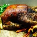 Świąteczny obiad: Pieczony kurczak nadziewany wątróbką