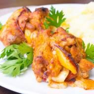Udka bez kości faszerowane salami, serem, papryką i cebulą