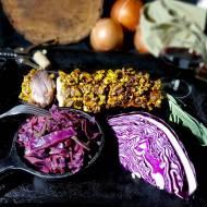 Czerwona kapusta plus polędwiczki wieprzowe w pistacjach i musztardzie