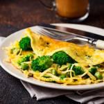 Pożywny omlet z warzywami