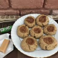 Kruche ciasteczka z kawą zbożową i krówką