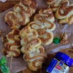 Orzechowe choinki z ciasta francuskiego