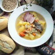 Zupa Zarzutka z pęczakiem