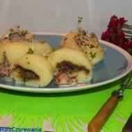Kluski białe z pieczarkami i sosem pieczarkowym