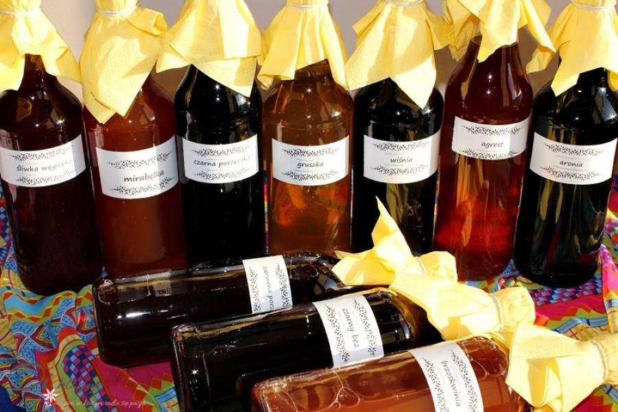 Domowe i naturalne soki ze Spiżarni Baby Jagi dostępne przez cały rok