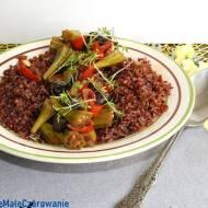 Ragoût z okrą i czerwonym ryżem