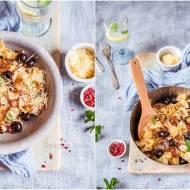 Kokardki z balsamiczną cebulką i oliwkami / Bows with balsamic onion and olives