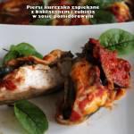Piersi kurczaka zapiekane z bakłażanem i cukinią w sosie pomidorowym