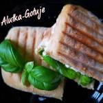 Panini z chorizo - włoska kanapka
